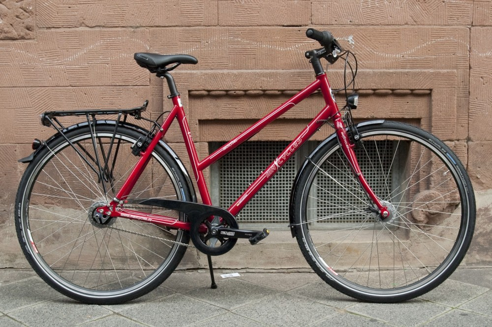 MaxCycles Steel Lite Womens Touring Bike